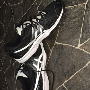 ASICS Volleyball shoes
